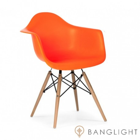 Eames Daw designed by Charles and Ray Eames